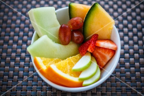 A bowl of fresh fruit