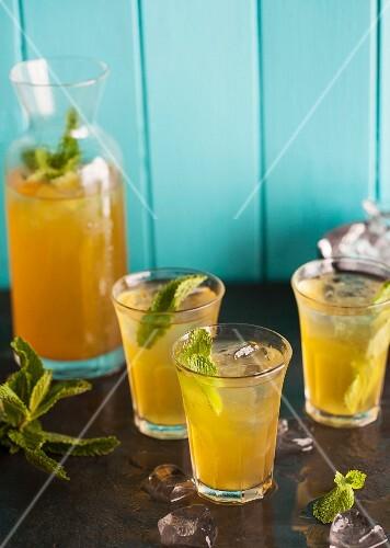 Camomile ice tea with fresh mint
