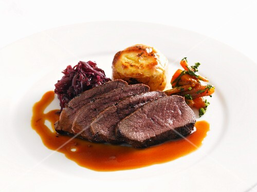 Roast venison with red cabbage