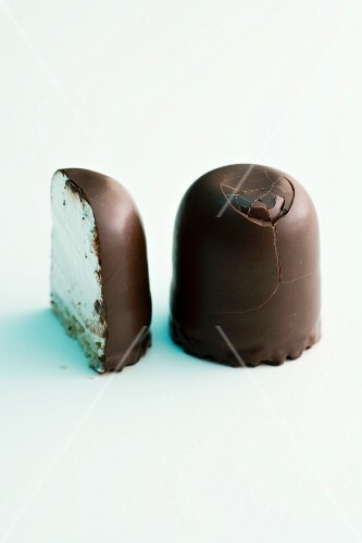 Chocolate marshmallows, whole and halved
