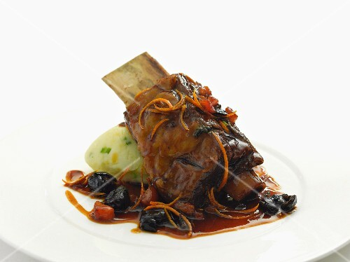 Braised beef rips with olives