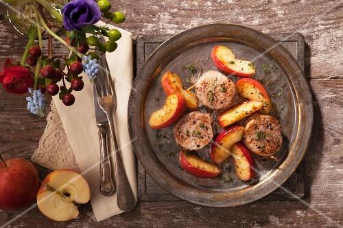 Oven-baked pork fillet with apple