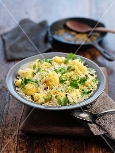 Pilau rice with cauliflower and chilli peppers