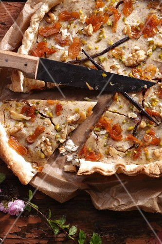 A rustic apricot tart with vanilla and walnuts