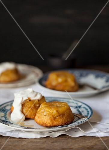 Pineapple cakes with cream