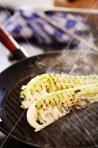 Fennel in a grill pan