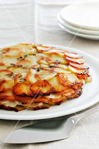 Potato and quince gratin