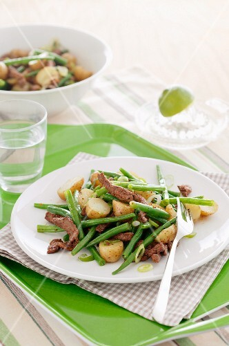 Beans and potatoes with beef