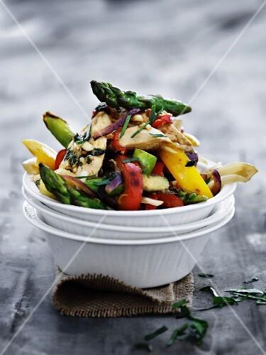 Stir-fried chicken with vegetables