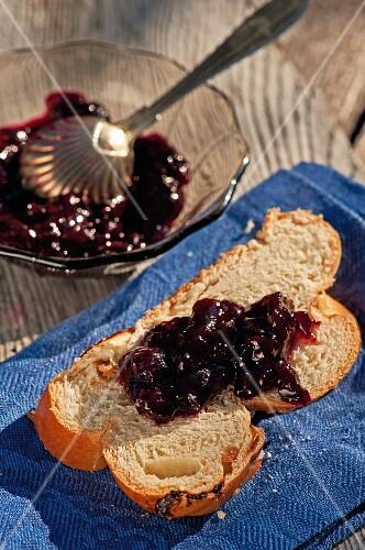 Brioche with blueberry jam