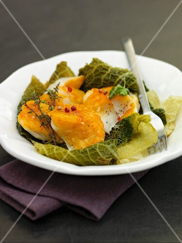 Haddock salad with savoy cabbage