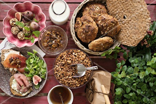 Energy balls, home-made muesli, crisp bread, rye bread rolls and a fig and date mixture for breakfast