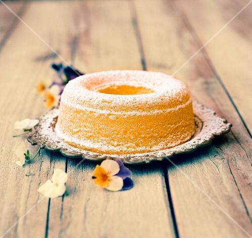Eggnog cake for Easter