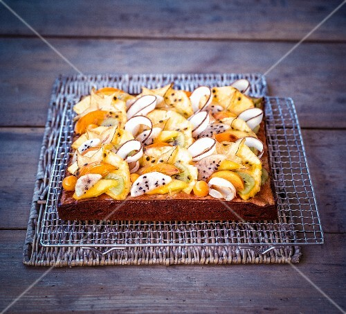 Exotic fruit tart with coconut