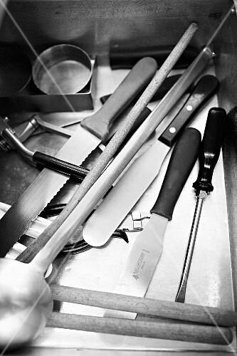 Confectioner's utensils