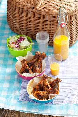 Chicken drumsticks for a picnic