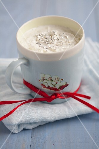 Hot chocolate with sugar pearls for Christmas