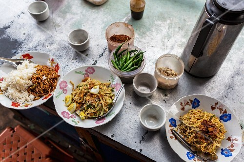Noodle dishes at a bar (Myanmar)