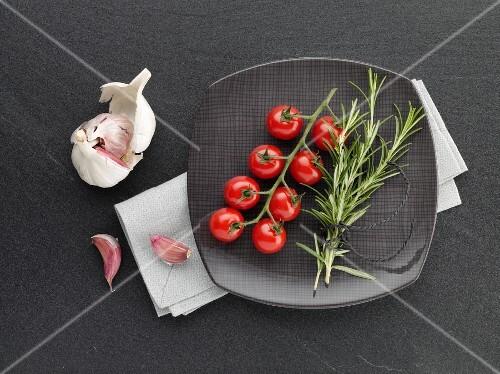 Tomatoes, rosemary and garlic