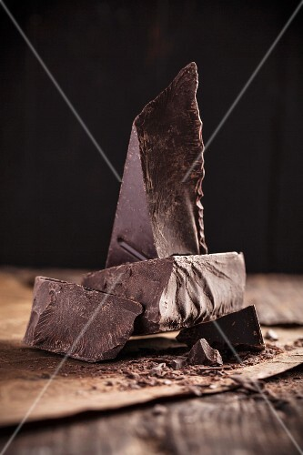 Pieces of chocolate (close-up)