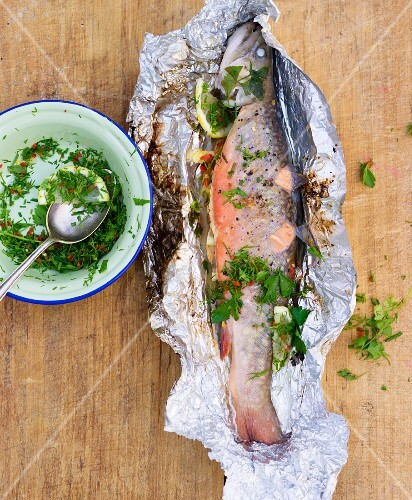 Foil-baked char with herbs