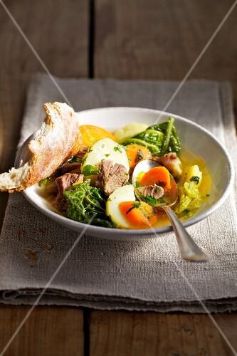 Pichelsteiner stew (Meat stew with vegetables)