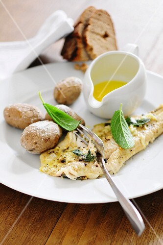 Trout fillet with butter and potatoes