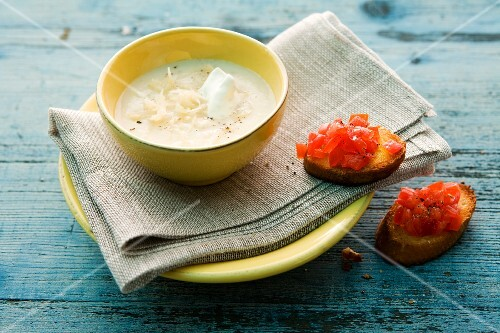 Sauerkraut soup and bruschetta