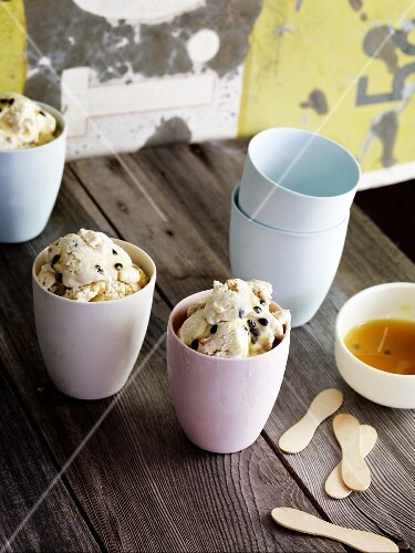 Passion fruit ice cream with cashew nuts