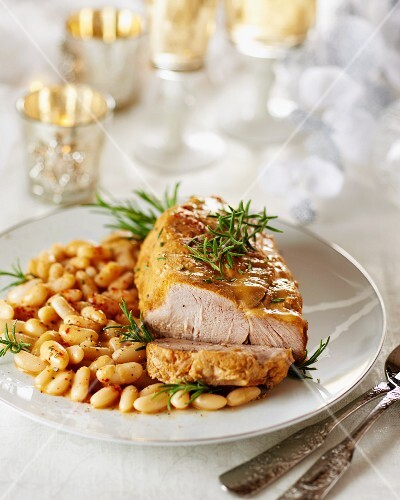 Veal steak with white beans