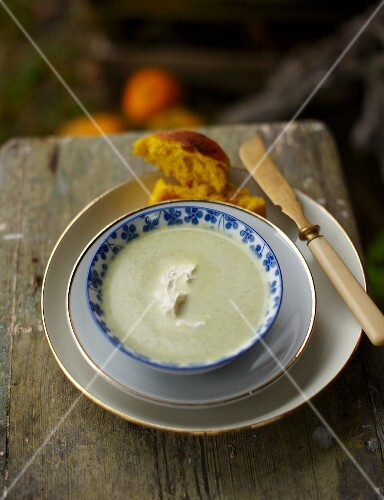 Celery soup with a pumpkin roll