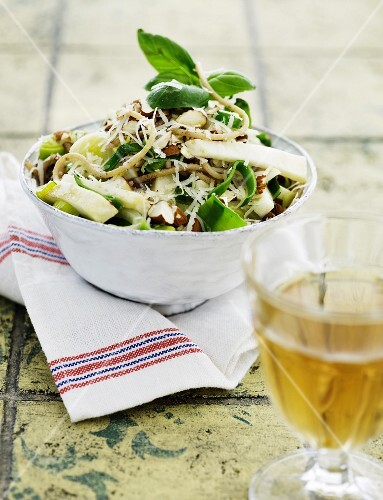 Pasta with almonds, leek and celariac
