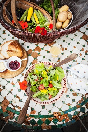 A fresh summer salad with bread
