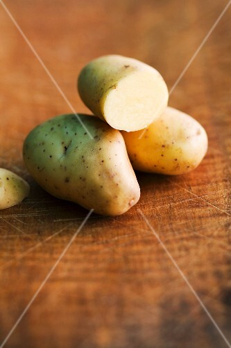 Balmoral potatoes on a wooden surface