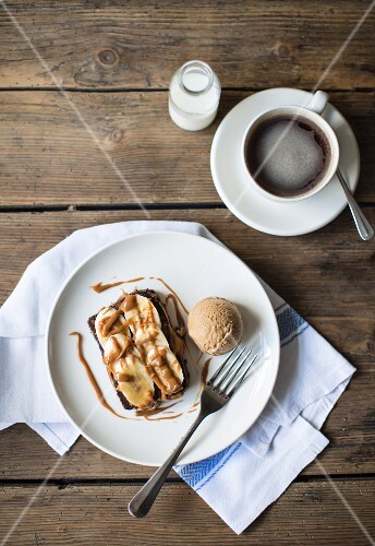 Banoffee Pain Perdu with coffee