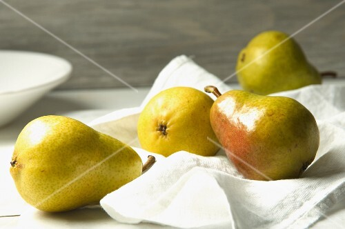 Pears on a cloth