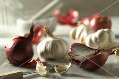 Two red onions and garlic