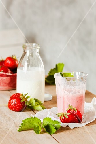 Strawberry and buttermilk smoothie