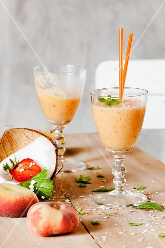 Peach and strawberry smoothies