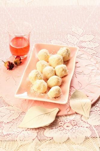 Coconut pralines and rose liqueur