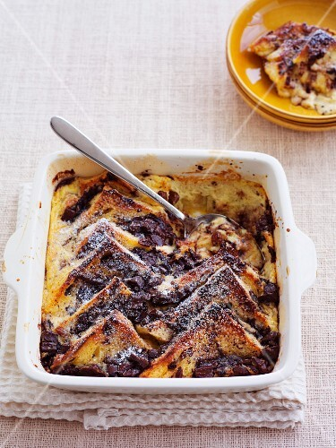 Bread-and-butter pudding with chocolate