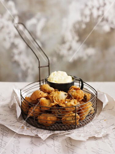 Fried mussels with aioli