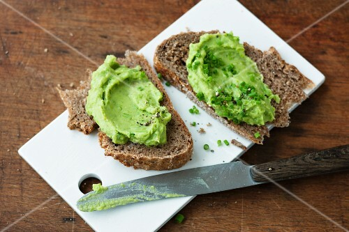 Slices of bread with an avocado spread