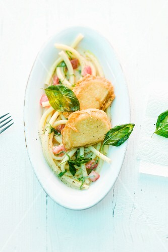 Tofu piccata with macaroni and pale tomato and basil sauce