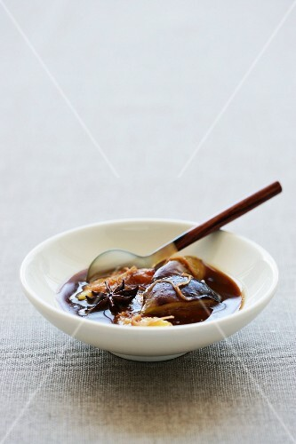 Caramelised figs in star anise syrup