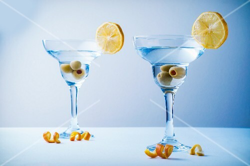 Martinis with olives and lemon