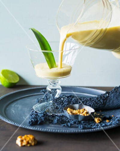 Peggy Peanut: a smoothie made with pineapple, lime, peanuts and yoghurt