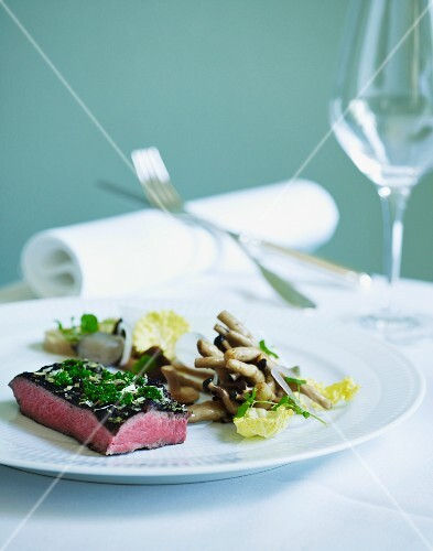 Truffled beefsteak with mushrooms