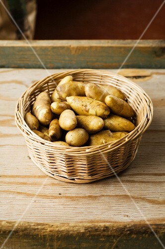 A basket of Mandel potatoes