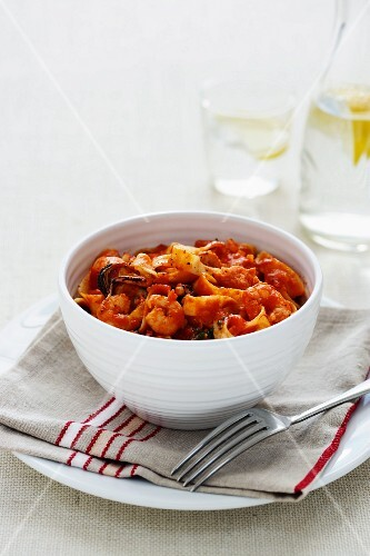 Fettuccine with marinara sauce